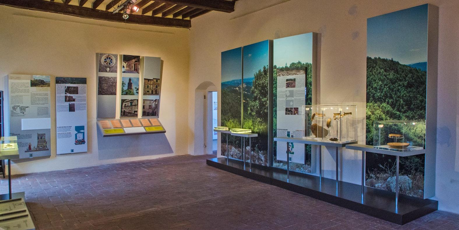 Sala del Museo della Rocca Aldobrandesca di Arcidosso