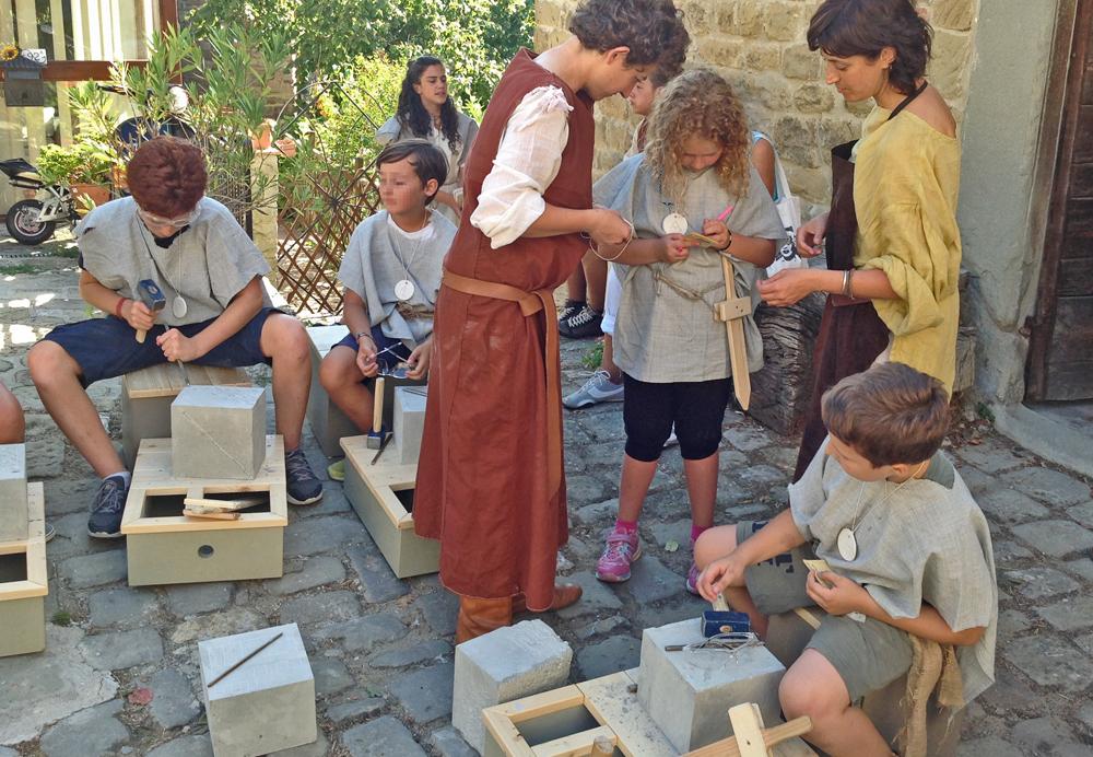 Laboratorio didattico presso il Centro di Documentazione di Castel San Niccolò